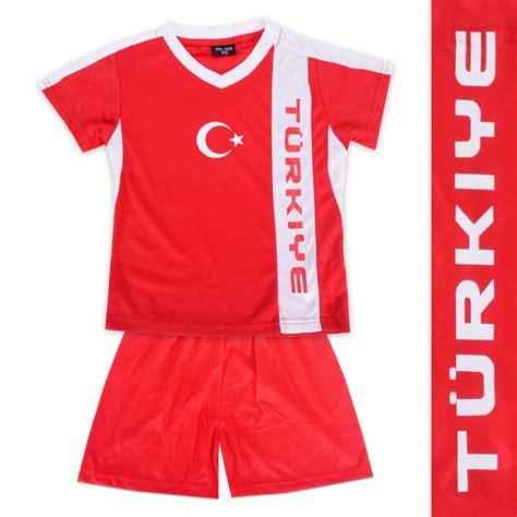 Fußball ist die beliebteste sportart in der türkei. Fussball Trikot + Hose TÜRKEI gedrucktes Wappen Fußball-EM ...