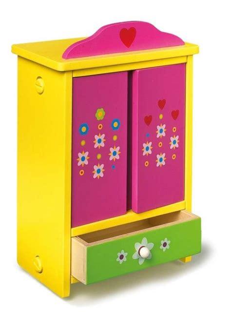 armadio bambini decorare un armadio per bambini foto design mag