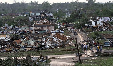 US storms: 297 dead and thousands of homes destroyed in ...