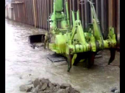 underwater bulldozer komatsu dw doovi
