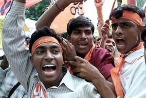 VHP, Bajrang Dal Workers Attack Ujjain Vice-Chancellor for ...