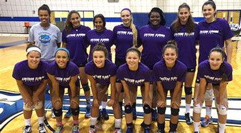 efsc volleyball loses   set match  st johns river