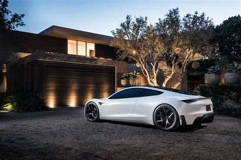 Tesla Car : Tesla Roadster Delights Us In New Images