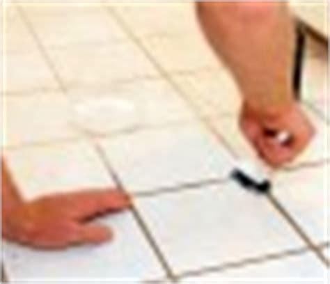altes silikon aus fugen entfernen fugen entfernen 187 fugenm 246 rtel silikon problemlos l 246 sen