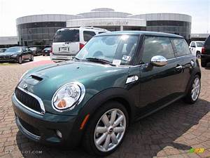 Mini Cooper S 2008 : 2008 british racing green metallic mini cooper s hardtop 12730173 car color ~ Medecine-chirurgie-esthetiques.com Avis de Voitures