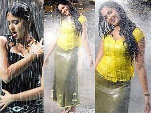 Rain Song Pictures: 20 Wet Telugu Actresses' Hot ...