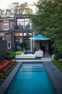 Kleiner Garten Mit Pool : swimmingpool design 30 inspirierende ideen f r kleinere fl chen ~ Markanthonyermac.com Haus und Dekorationen