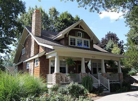 storybook bungalow  bonus  architectural