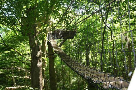 chambre d hote pour amoureux cabane dans les arbres en normandie