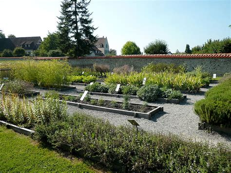 Der Garten Gedicht by Walahfrid Strabo Der Garten Als Gedicht Hortulus Uphoff