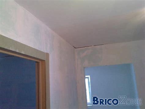 joint entre mur et plafond 28 images tout sur la peinture fiche pratique joints de murs et