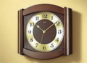 Uhren Aus Holz : funk wanduhr aus massivem holz in 3 farben uhren bader ~ Whattoseeinmadrid.com Haus und Dekorationen