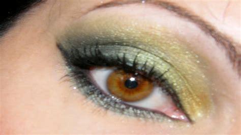 Maquillage Simple Yeux Marrons Maquillage Des Yeux Simple Et Vert