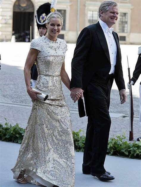 Proff rollesøk gir deg raskt og enkelt oversikt over personer med offisielle roller i næringslivet. Celina Midelfart and Tor Olav Troim arriving for the ...
