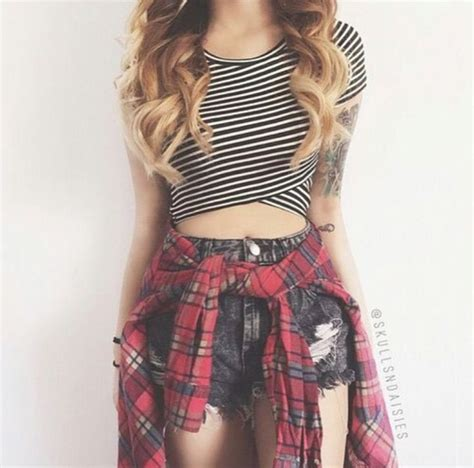 61 best Tied around waist images on Pinterest | Flannel Flannels and Crop top outfits