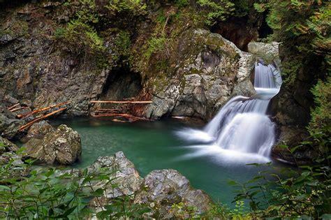 twin falls  lynn canyon park  michael russell