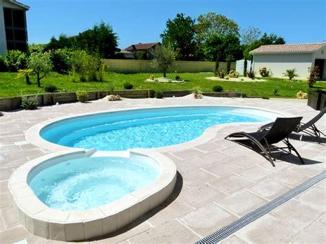 piscine coque prix d une piscine coque tout savoir sur les co 251 ts 224 pr 233 voir