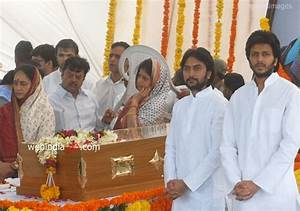 Vilasrao Deshmukh funeral,Bollywood Event