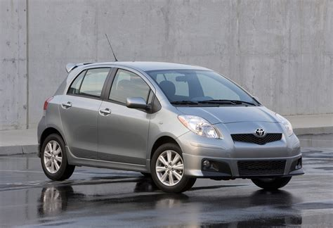 toyota yaris review ratings specs prices