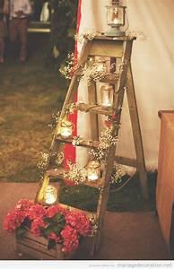 Echelle En Bois Déco : une chelle en bois decor e avec des bougies et fleurs ~ Dailycaller-alerts.com Idées de Décoration