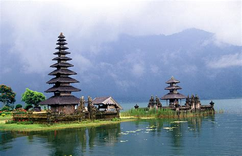 danau beratan bedugul world tourism indonesia