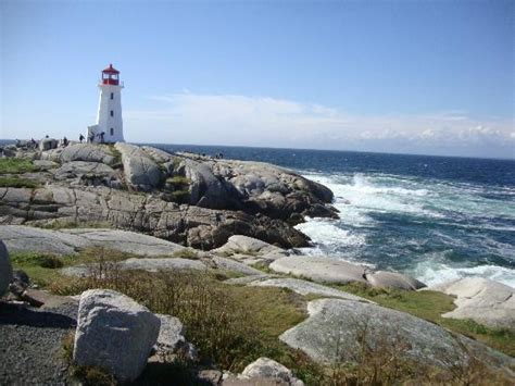 halifax to peggy s cove distance light house in distance picture of peggy s cove