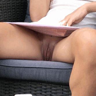 Intentional Pussy Slip For Voyeur No Panties Pics Public Flashing Pics Pussy Flash Pics