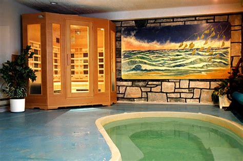 chalet a louer avec piscine chalet louer laurentides chalet l alpin www canadachalet