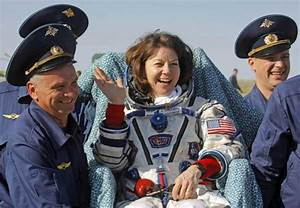 NASA female astronaut back from space