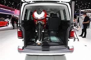 Volkswagen Multivan PanAmericana : une moto dans le sac à