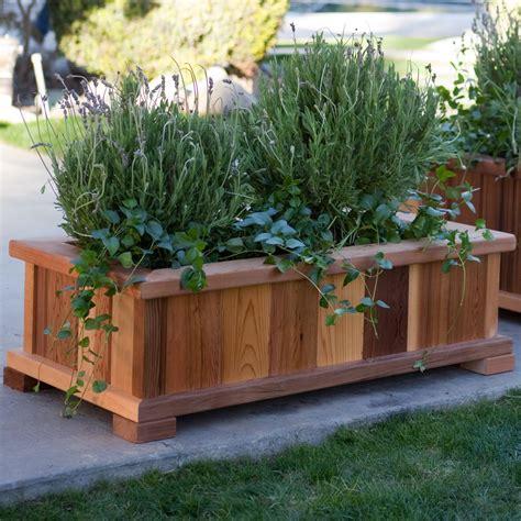 patio backyard cedar garden planter recognizealeadercom