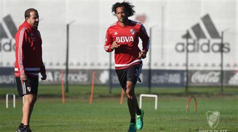 Arturo Mina fue citado nuevamente por River Plate para la ...