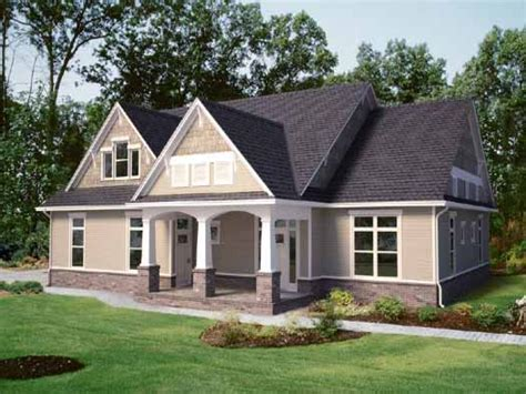 2 craftsman house plans 2 craftsman house 1 craftsman style house