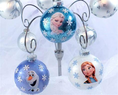 diy frozen christmas ornaments  sisters