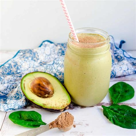 Here's the best keto smoothie on the internet: Simple Keto Chocolate Avocado Smoothie | LowCarbingAsian