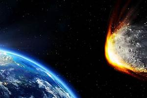 Giant asteroid 3200 Phaethon will brush past Earth soon ...