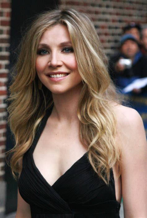 Sarah Chalke images Sarah. HD wallpaper and background