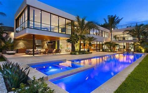 hotel avec piscine et dans la chambre maison de luxe à miami floride vivons maison