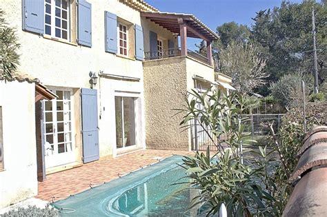 maison 5 chambres a vendre a vendre maison les angles 30133 quatier ecole pasteur 5