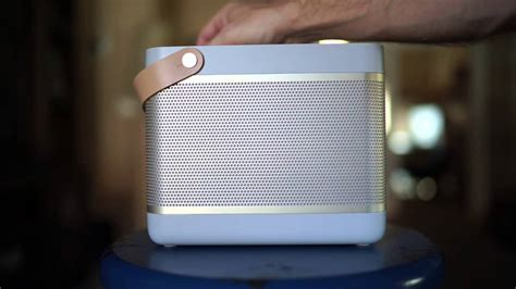 Bang & Olufsen Beolit 15 Review  Amazing Bluetooth