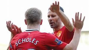 Gunners' comeback stuns Spurs as Giggs saves United
