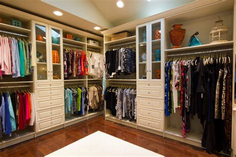 Amazing Closet That Feels Like A High End Boutique