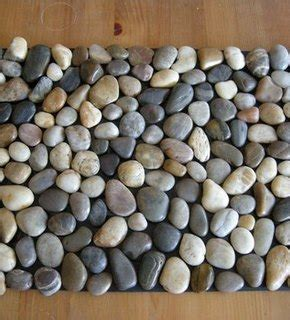 Pebble Doormat by How To Make A Diy Pebble Bath Mat 187 Curbly Diy Design