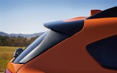 subaru crosstrek standard rear spoiler hd images