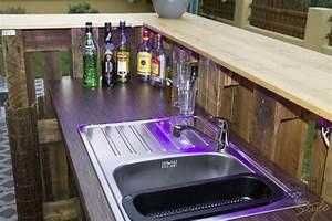Lounge Aus Europaletten : bar aus europaletten skyline ~ Markanthonyermac.com Haus und Dekorationen