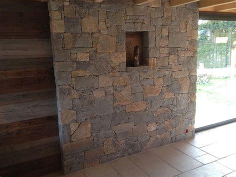 habillage de habillage d un mur en pierres naturelles