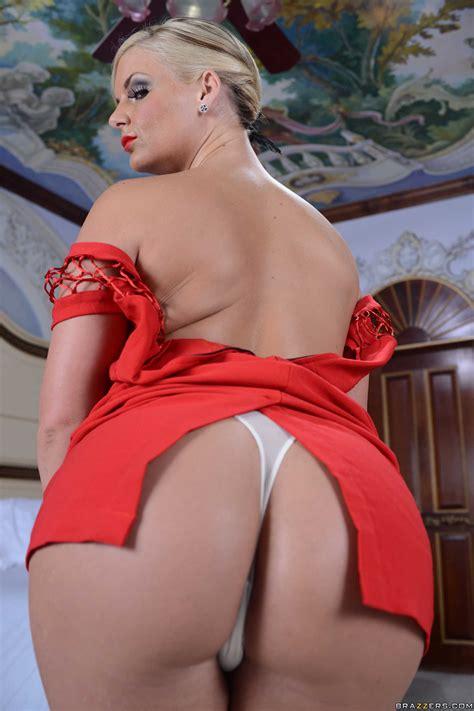 Beautiful Woman Took Off Her Red Dress Photos Phoenix Marie Milf Fox