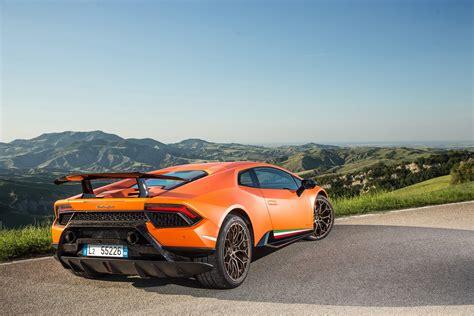 Review Lamborghini Huracan by 2017 Lamborghini Huracan Performante Review Caradvice