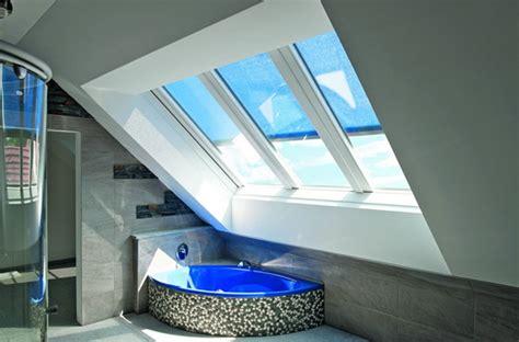 Badezimmer Mit Roto Panoramadachfenster Azuro