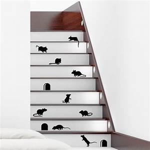 Deco Marche Escalier : stickers muraux animaux sticker escaliers dr les avec souris ambiance ~ Teatrodelosmanantiales.com Idées de Décoration